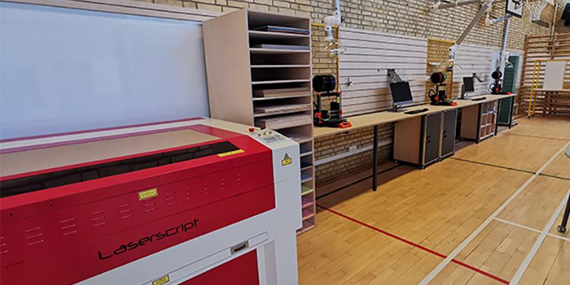 Lasercuttere og 3D printere er klar til brug. Foto: Frederikssund Gymnasium